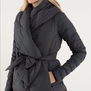NWT lululemon Enfold Wrap